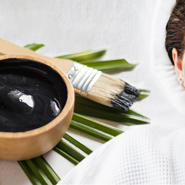<center>Put a Fresh Face Forward! <br>Activated Charcoal Face Mask</center>